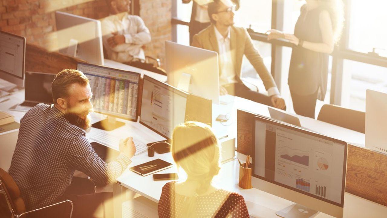 Le travail administratif pompe de l'énergie aux membres des directions financières et RH.