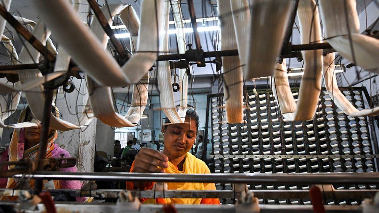 Le Banglasdesh est un des pays d'Asie parmi les plus pauvres à connaître un développement parmi les meilleurs.