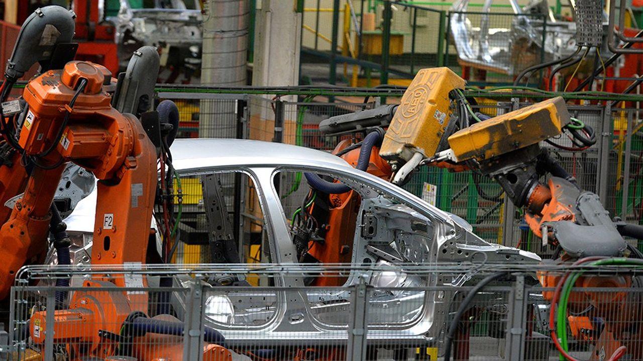 C'est à Flins, dans une usine Renault, que Nissan assemble sa petite Micra. Un exemple parmi tant d'autres des liens entre les deux constructeurs alliés.