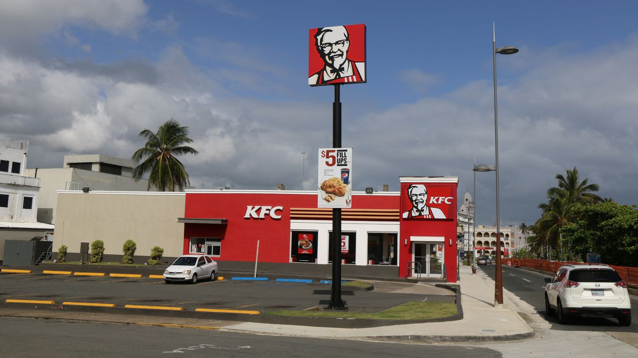 road-highway-sign-logo-infrastructure-kfc-801413-pxhere.com.jpg