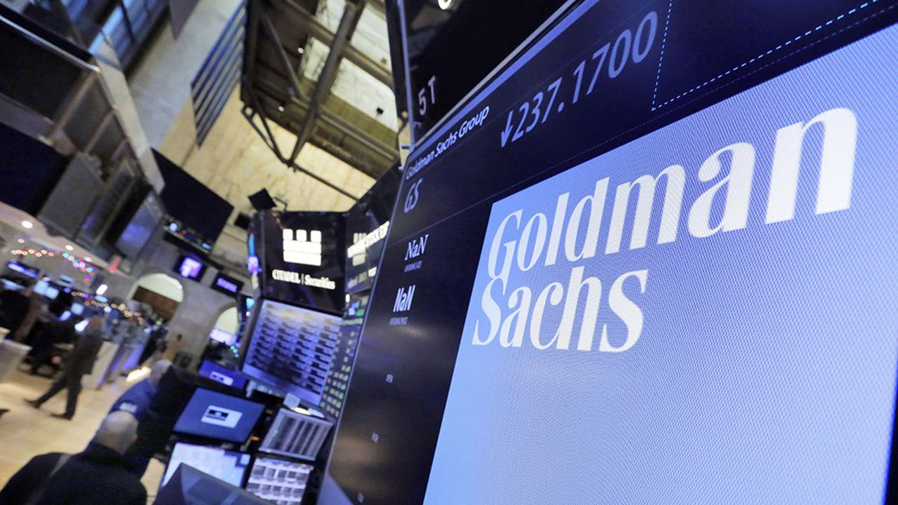 La justice américaine a récemment inculpé deux anciens banquiers de Goldman Sachs.