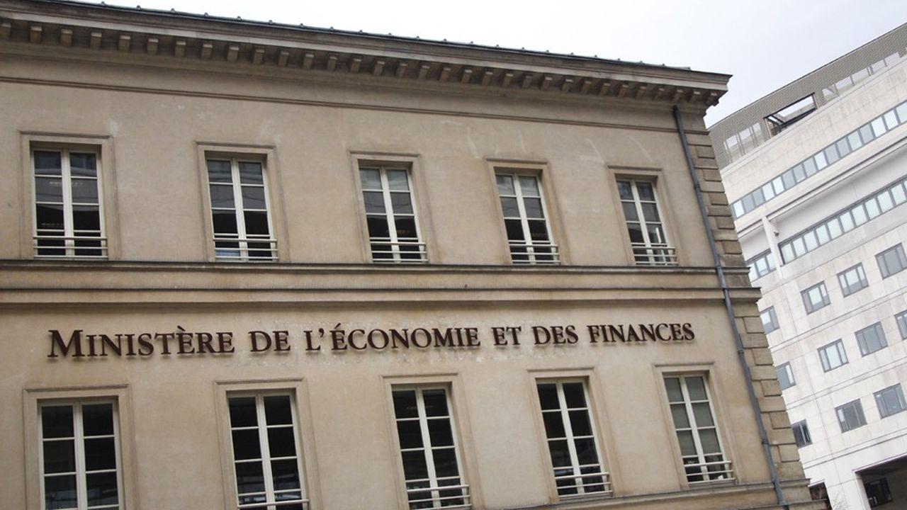 Le Premier ministre, Edouard Philippe, a écarté une nouvelle baisse des impôts pour les entreprises, faute de marge de manoeuvre budgétaire.