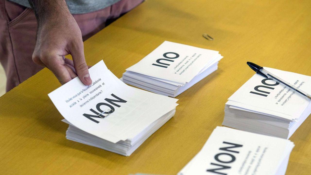 Le« non » à l'indépendance de la Nouvelle-Calédonie l'a emporté avec 56,4% des voix.