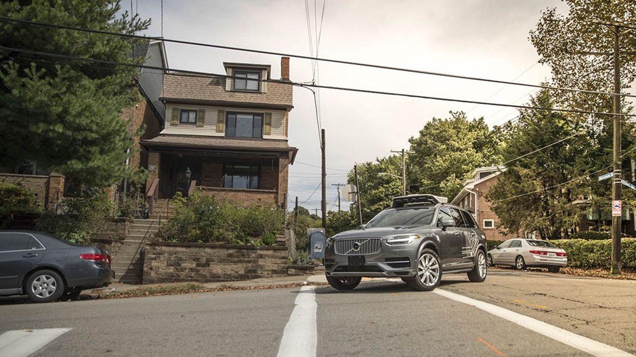 Pour ses voitures autonomes, Uber s'est équipé de SUV Volvo XC90.