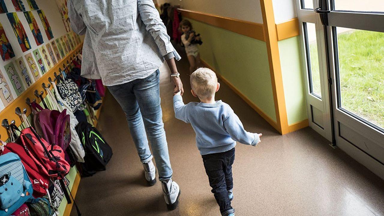 Aujourd'hui, en France, 26.000enfants ne sont pas scolarisés en maternelle.