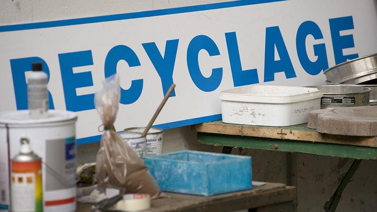 Auvergne-Rhône-Alpes produit 33millions de tonnes de déchets par an.