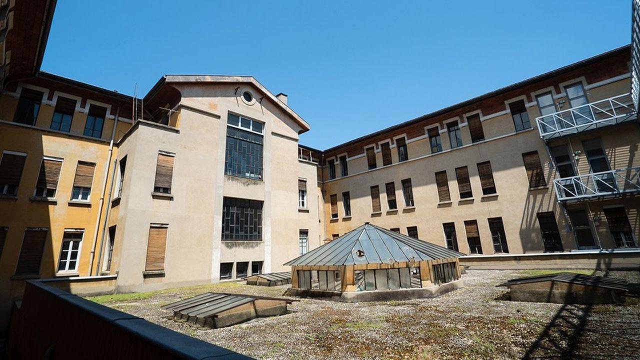 Le projet Autre Soie est porté par le bailleur social Est Métropole Habitat et le Centre Culturel OEcuménique de Villeurbanne.