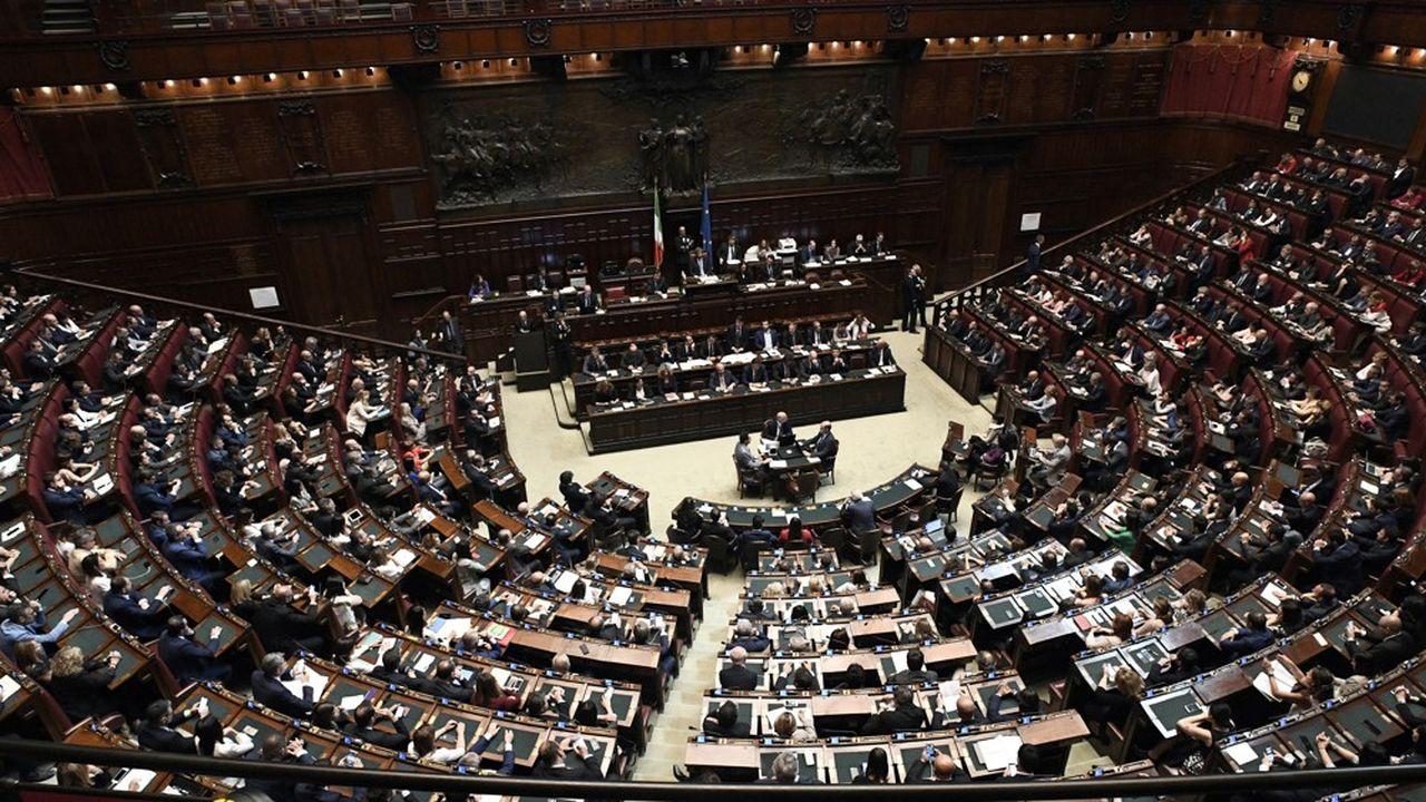 Les députés italiens ont voté mercredi le décret-loi sur la sécurité et l'immigration qui durcit les conditions d'accueil des migrants.