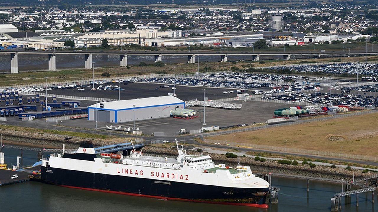 Depuis Montoir-sur-Loire, le terminal roulier du port de Nantes Saint-Nazaire, la compagnie espagnole Flota Suardiaz opère sur une autoroute de la mer jusqu'à Vigo en Espagne. Depuis mars2017, cette ligne est étendue à Tanger au Maroc et à Zeebrugge en Belgique. L'équilibre serait en passe d'être atteint.