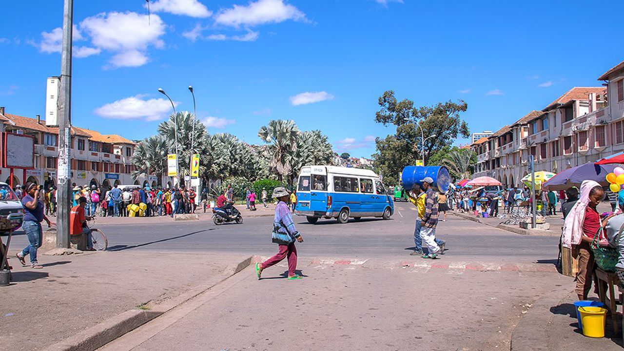 L'avenue de l'Indépendance, au centre d'Antananarive.