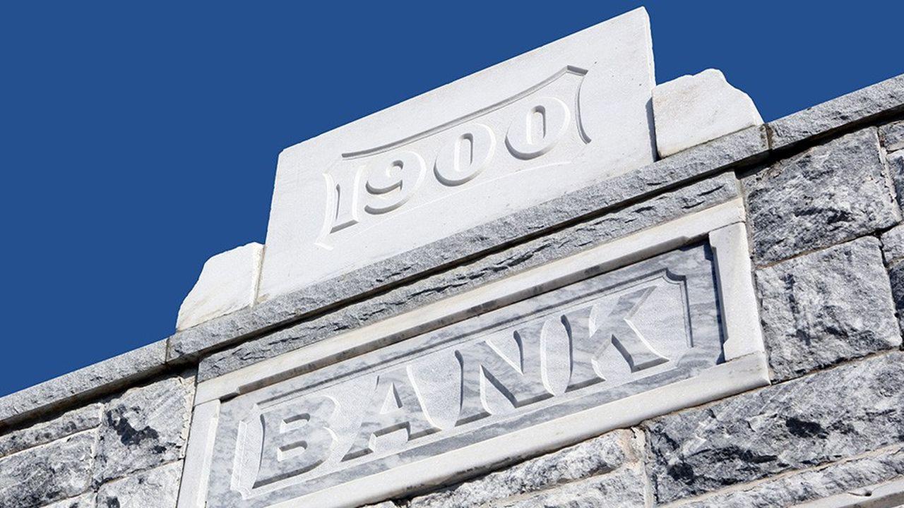 Le poids des années commence sérieusement à peser sur le système bancaire central.