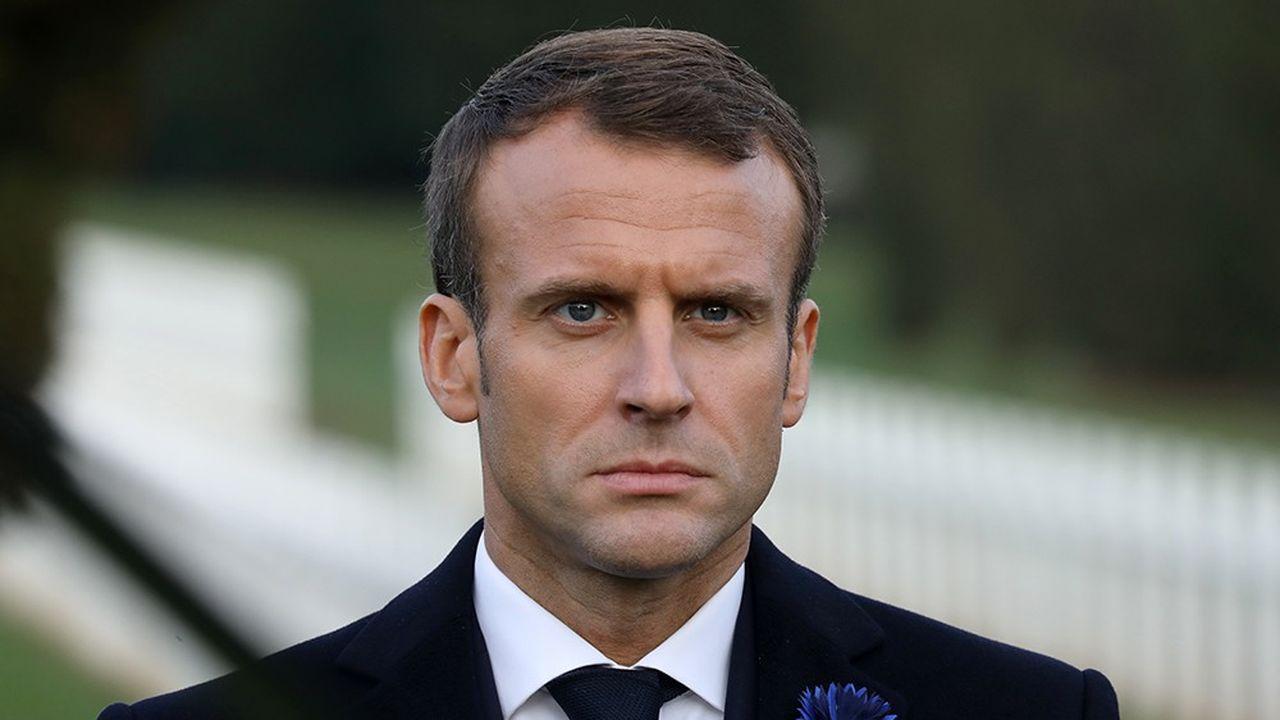 Emmanuel Macron, ici lors d'une cérémonie à l'ossuaire de Douaumont près deVerdun, effectue cette semaine, à l'occasion du centenaire de l'armistice, une itinérance inédite sur les lieux emblématiques de la Grande Guerre.