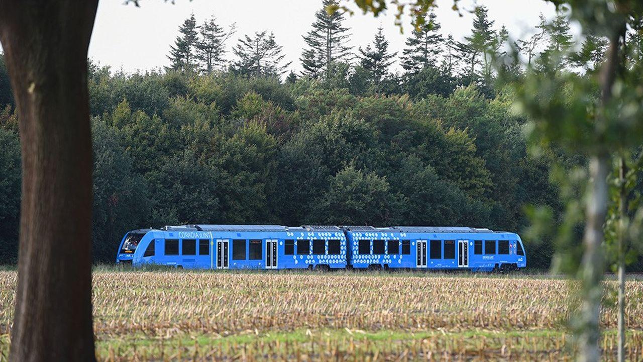 Les premiers trains à hydrogène, fabriqués par Alstom, circulent depuis la mi-septembre en Basse-Saxe en Allemagne.
