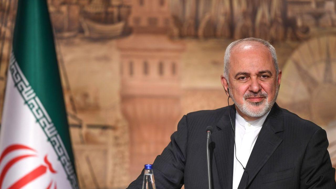 Le ministre iranien des Affaires étrangères, Mohammad Javad Zarif, photographié le 30octobre dernier à Istanbul lors d'une conférence de presse avec ses homologues turc et azéri, est désormais la cible des conservateurs du régime.