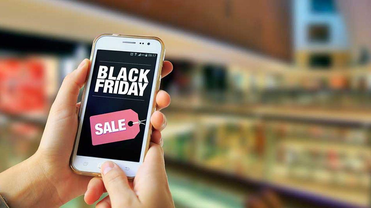 Au total, selon la Fevad, les e-commerçants devraient engranger 1,3milliard d'euros entre le Black Friday (le 23novembre) et le Cyber Monday (le 26).