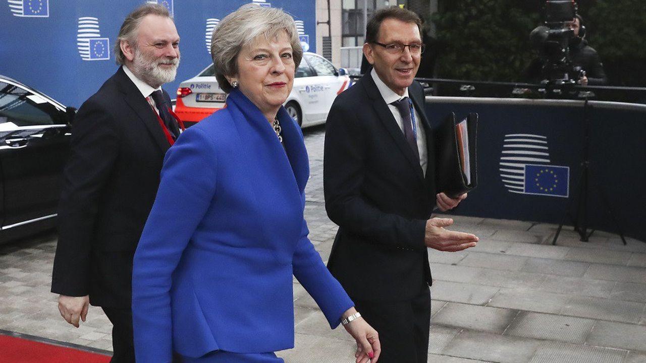 La Première ministre britannique Theresa May à son arrivée au sommet de l'UE à Bruxelles, le 25 novembre 2018.