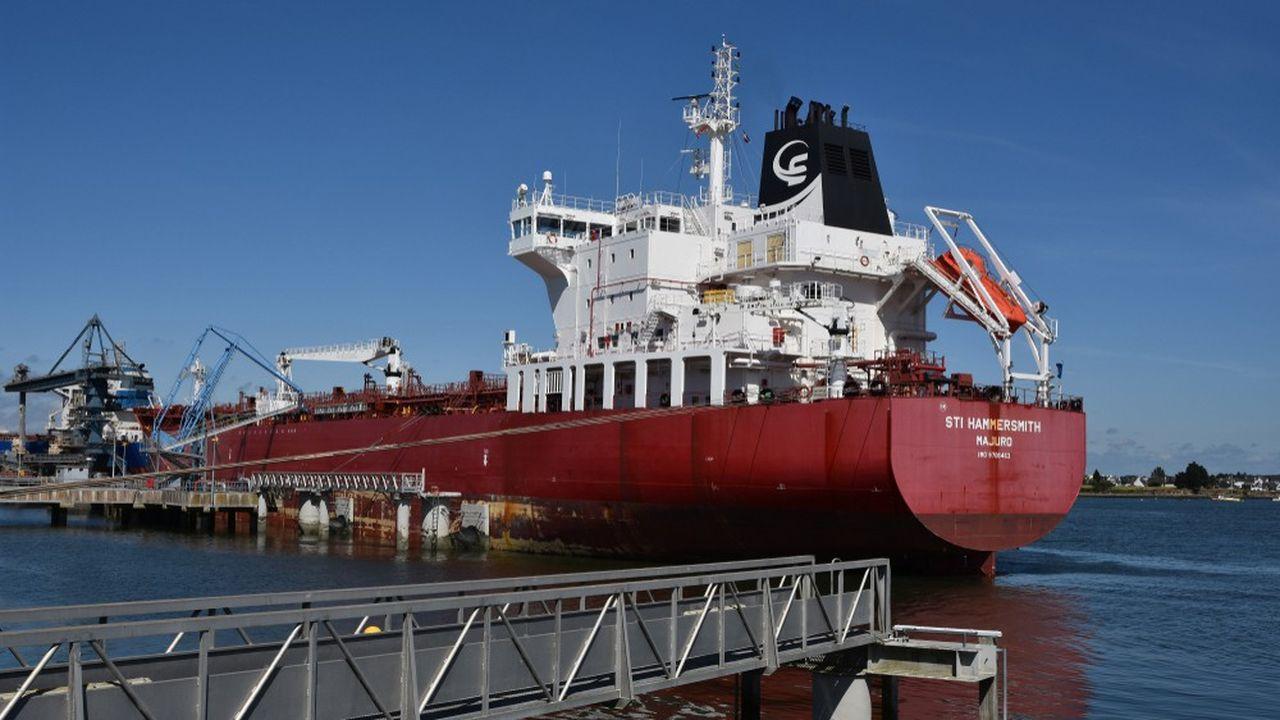 La France importe près de 60millions de tonnes de pétrole brut par an, moins de la moitié de ce qu'elle achetait en 1973, à la veille du premier choc pétrolier.