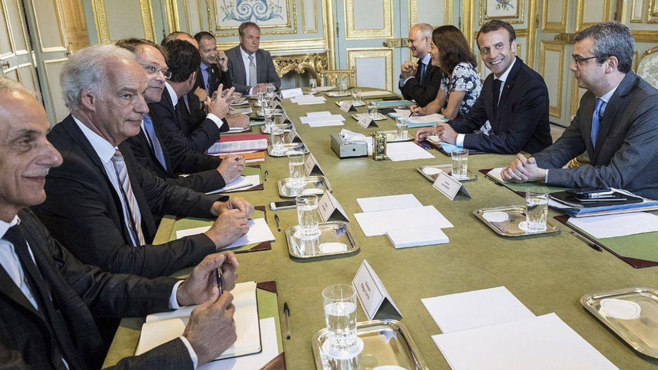 Le 17juillet 2018, les leaders patronaux et syndicaux avaient seuls été reçus à l'Elysée.