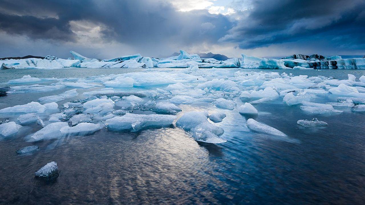 Une partie de la réponse face aux théoriciens du complot doit être de continuer à fournir les preuves scientifiques que le changement climatique est en cours.
