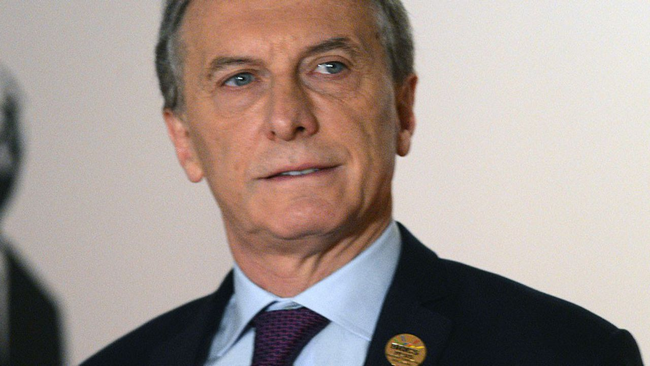 Le président argentin Mauricio Macri, qui brigue la réélection l'an prochain, fait face à une grave crise économique et sociale au sein de son pays.