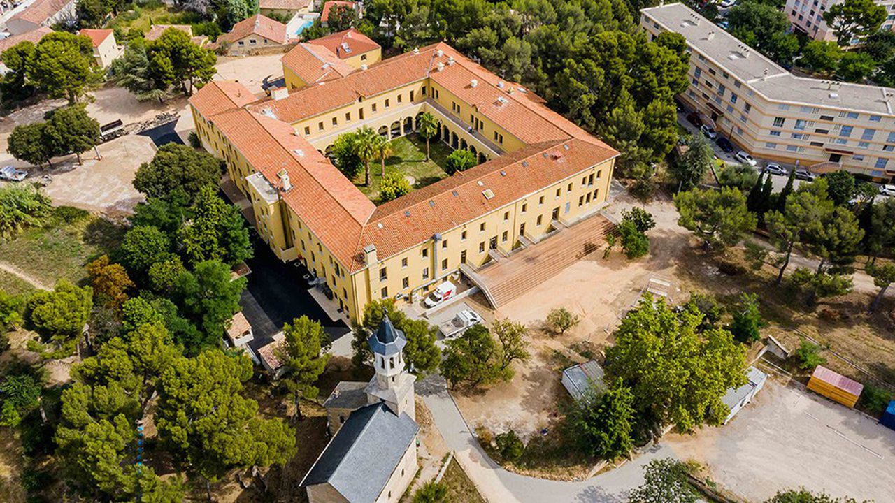 Cloître, le nouveau pôle d'innovation et d'entrepreneuriat social installé dans l'ancien couvent des soeurs de la Visitation légué aux Apprentis d'Auteuil en 1987 à Marseille.