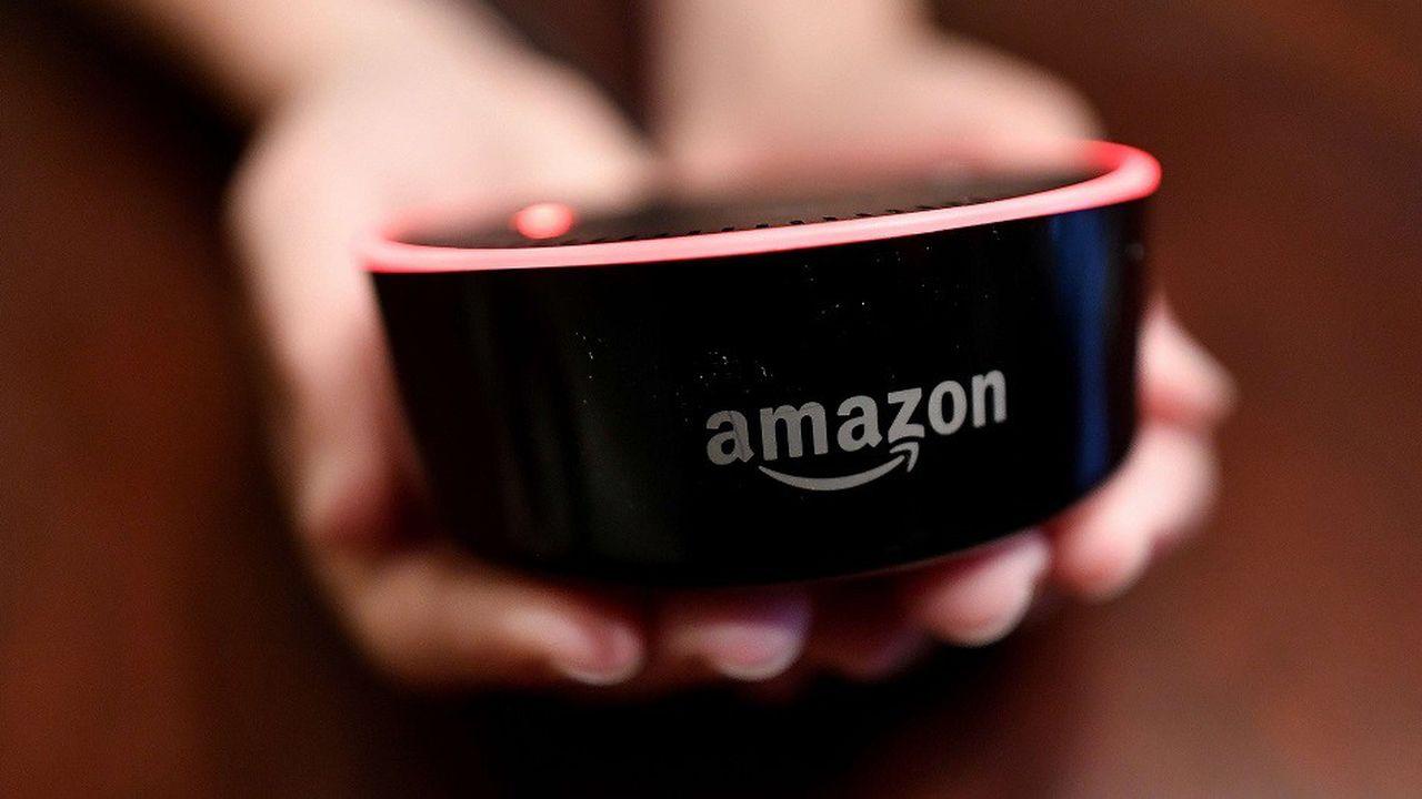 Amazon.com a signé un partenariat avec Apple permettant aux utilisateurs de ses enceintes connectées Echo d'accéder à Apple Music.