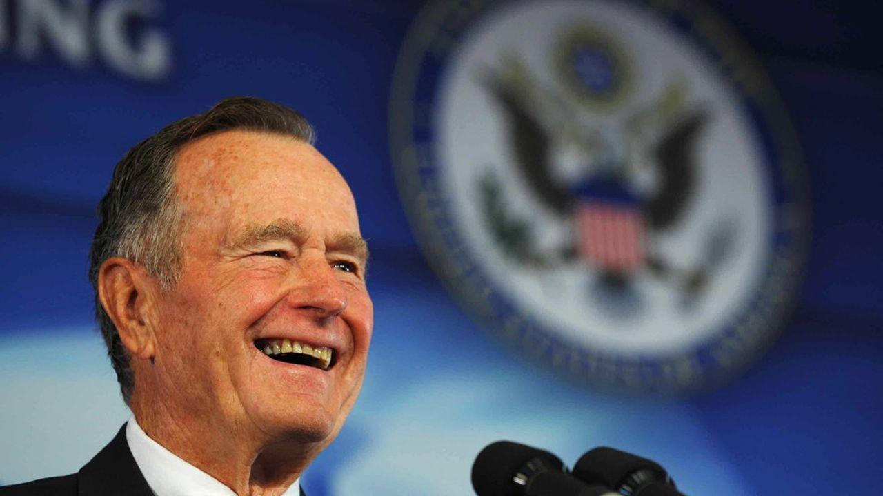 Après son départ de la Maison Blanche, George Bush s'était consacré à ses causes philanthropiques surtout lorsque les Etats-Unis ou des pays voisins étaient frappés par des catastrophes.