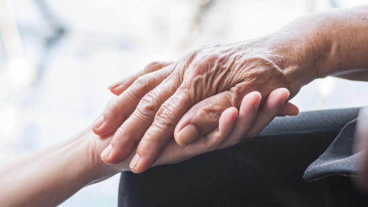 On peut estimer que les personnes de plus de 85 ans dépendantes atteintes de troubles cognitifs sont d'ores et déjà plus de 600.000 en France.