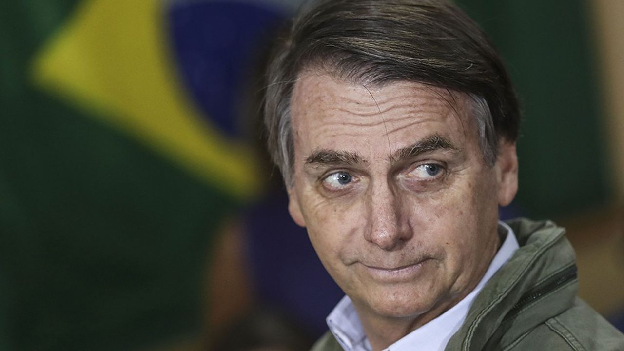 Le président élu brésilien Jair Bolsonaro veut avoir les coudées franches sur ses futurs ministres en matière d'environnement.