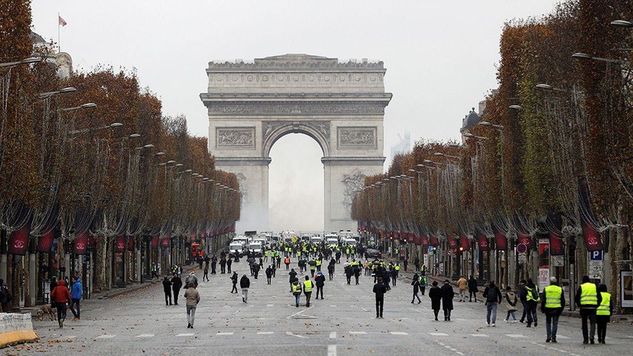 Manifestation de «gilets jaunes» samedi 1erdécembre sur les Champs-Elysées à Paris