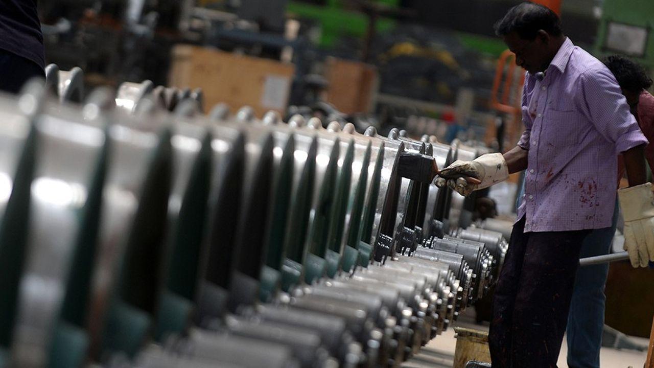 Dans le sillage de l'activité mondiale, l'activité indienne ralentit.