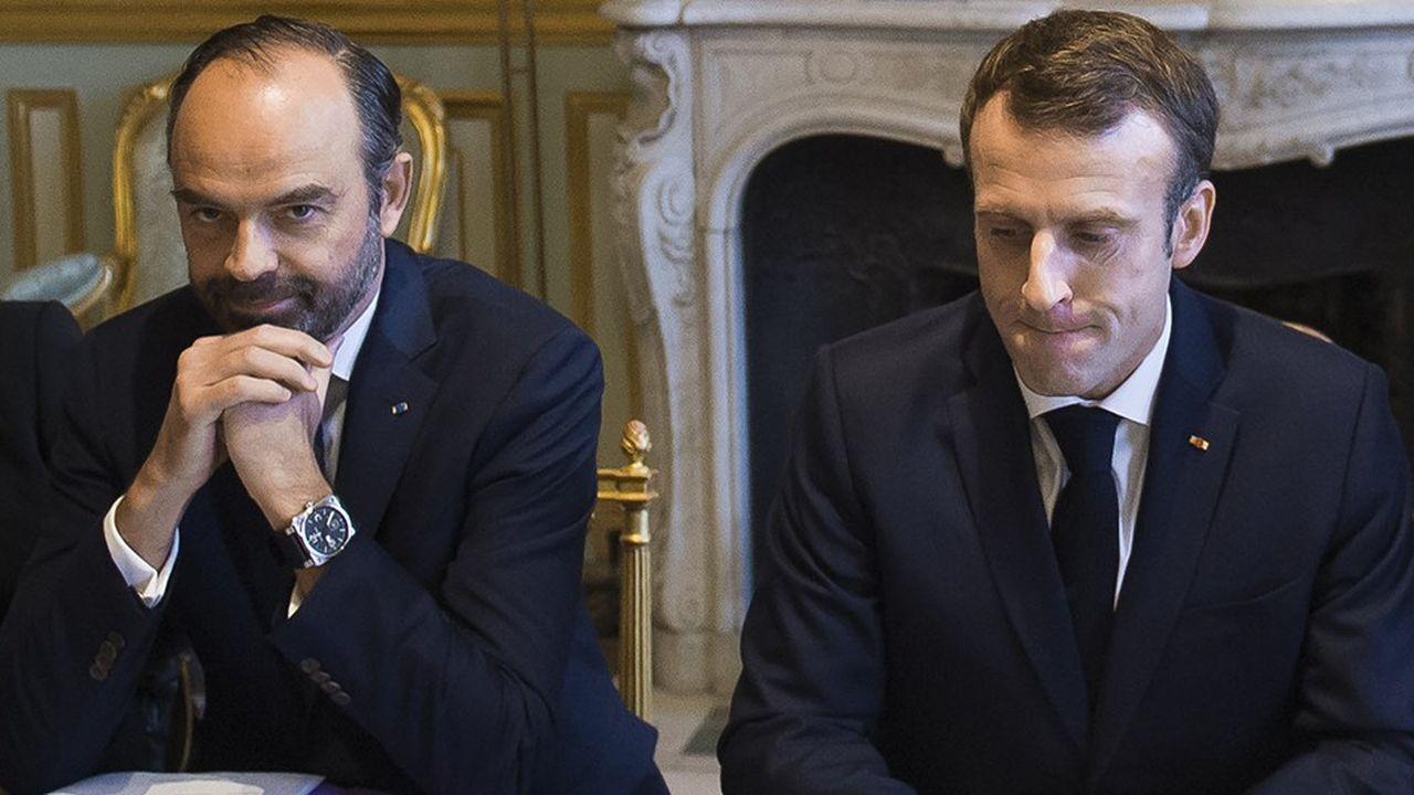 Le chef de l'Etat Emamnuel Macron a bouleversé son agenda. Edouard Philippe a consulté toute cette journée de lundi. Une réunion était en cours lundi soir à l'Elysée sur la crise des «gilets jaunes».