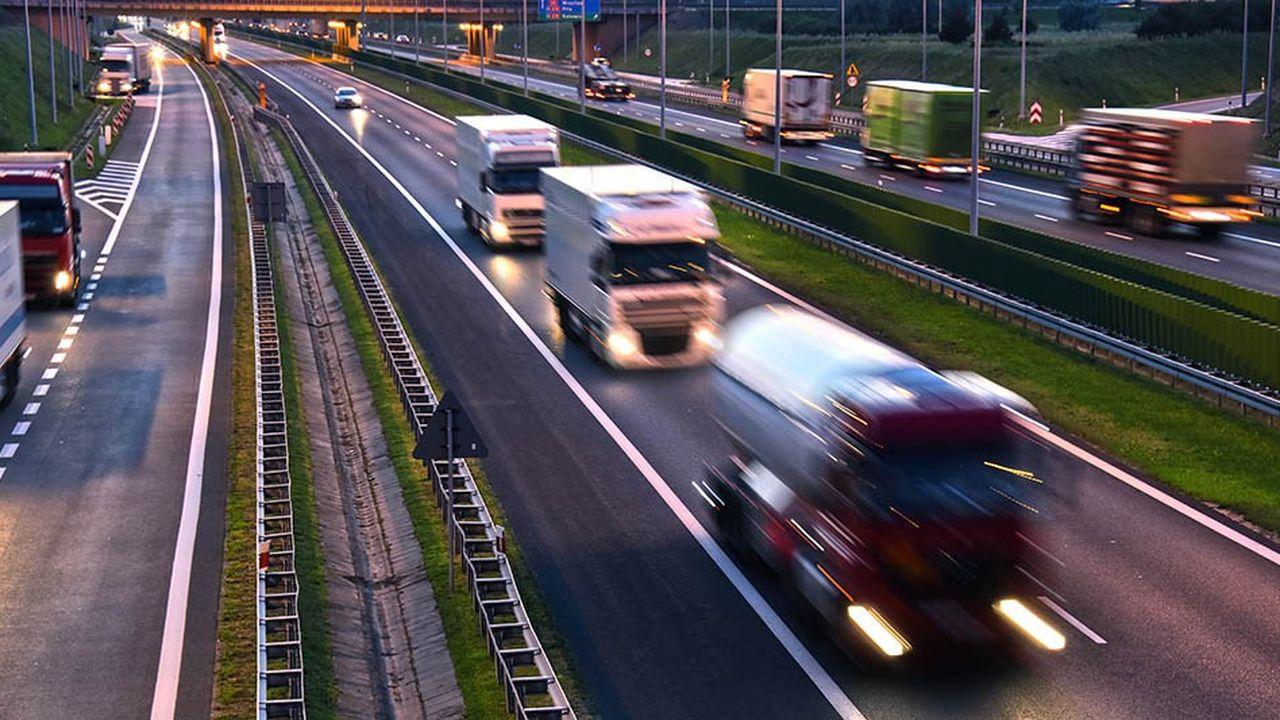 Les ministres européens des Transports sont parvenus à un compromis, dans la nuit de lundi à mardi, sur la réforme des règles sociales du transport routier international.