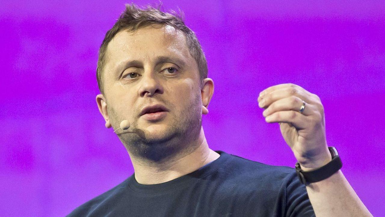 Octave Klaba est le fondateur d'OVH, une entreprise française spécialisée dans les services de cloud computing.