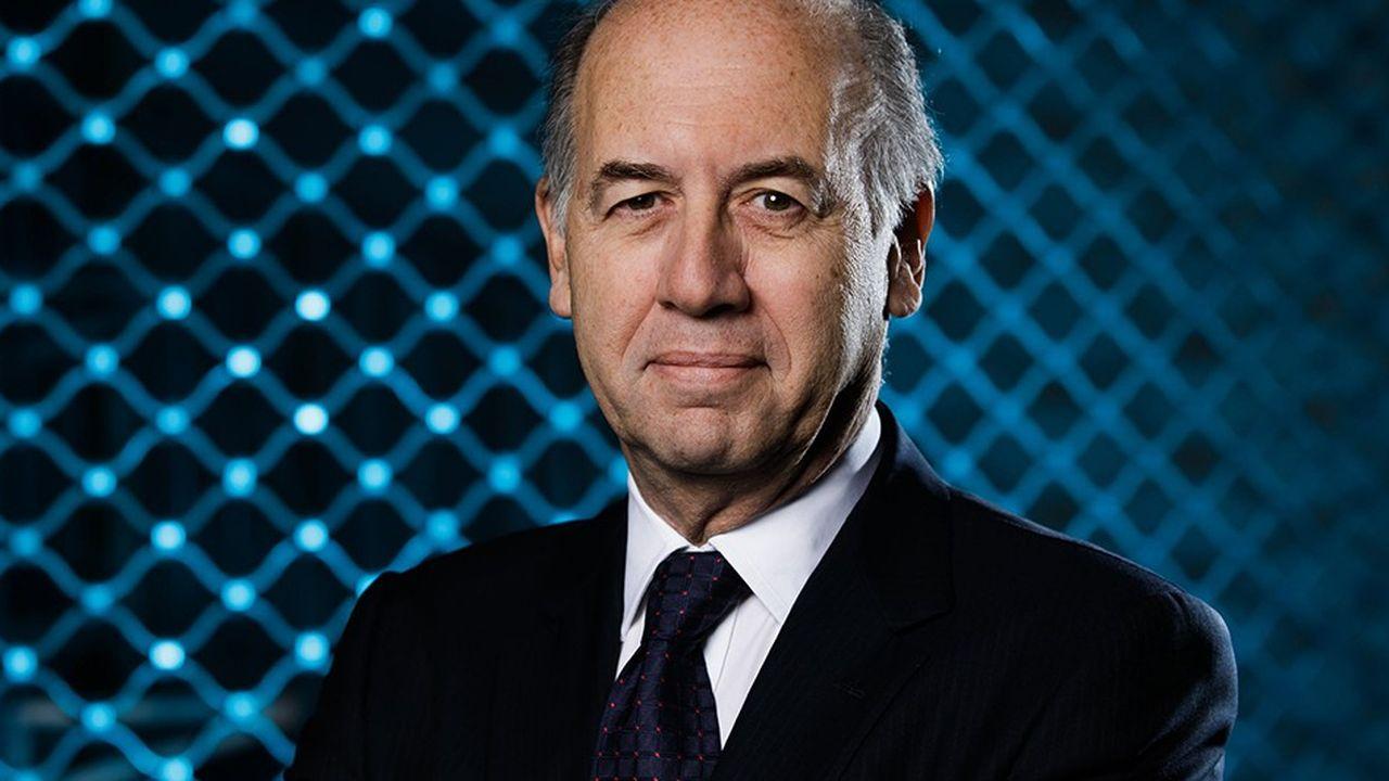 Serge Weinberg, président du conseil d'administration du groupe Sanofi, est l'un des deux initiateurs du dispositif «Changer par le don» qui vise à inciter les Français aisés à donner 10% de leurs revenus annuels.
