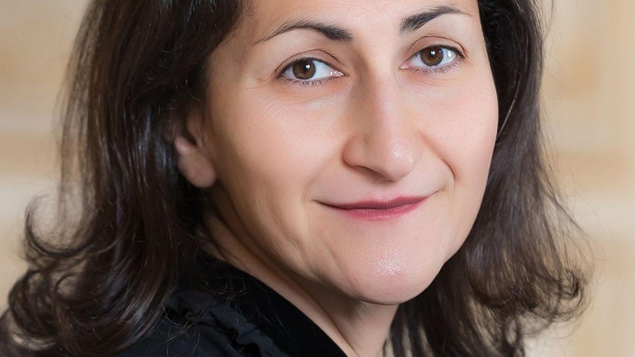 Rose Ouahba, responsable de l'équipe taux chez Carmignac, mise sur une pentification de la courbe des taux américaine.