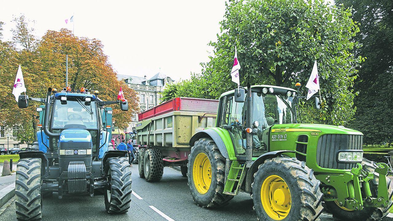 La FNSEA annonce une semaine de manifestations d'agriculteurs dans les départements.