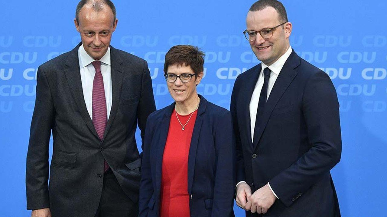 Les 1.001 délégués de la CDU devront choisir entre Friedrich Merz, Annegret Kramp-Karenbauer et Jens Spahn vendredi à Hambourg.