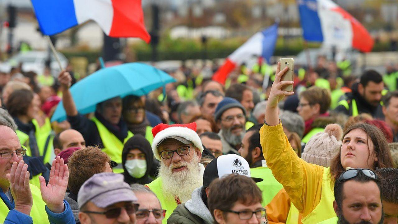 Des manifestants à Bordeaux, le 1erdécembre 2018.
