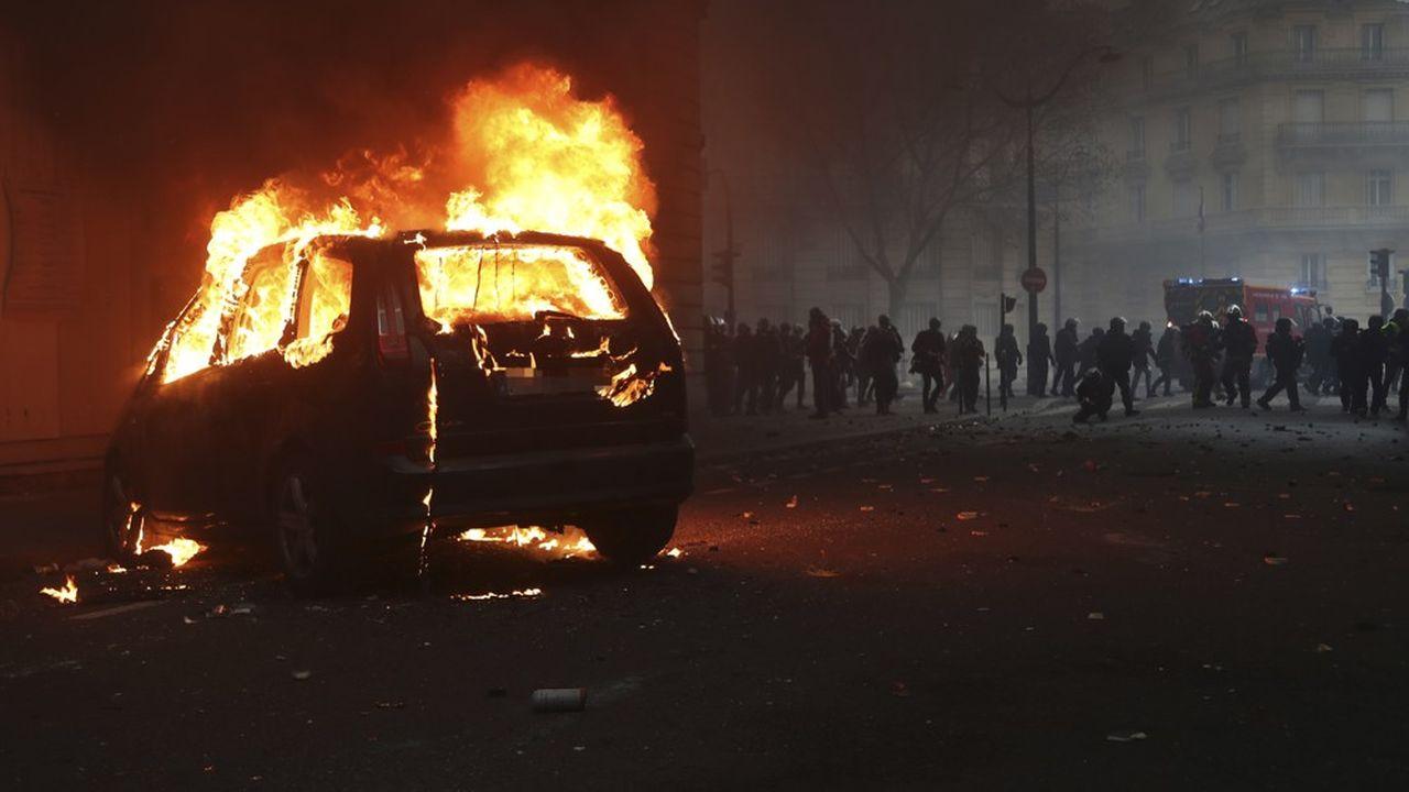 Les manifestations des gilets jaunes ont été émaillées d'incidents cet après-midi, comme ici à Paris.