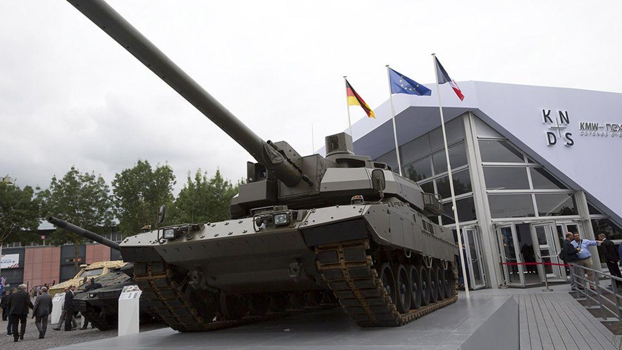 KNDS présentait en juin au salon Eurosatory un blindé hybride avec un châssis de KMW et une tourelle de Nexter pour préfigurer le char franco-allemand du futur.