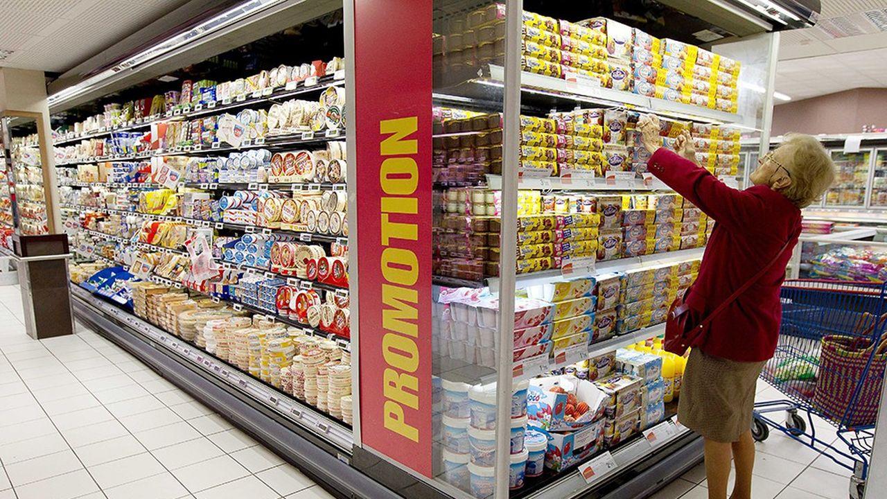 Dès le 1erjanvier, les promotions alimentaires seront limitées dans une proportion d'unproduit gratuit pour trois, contre un pour deux précédemment.