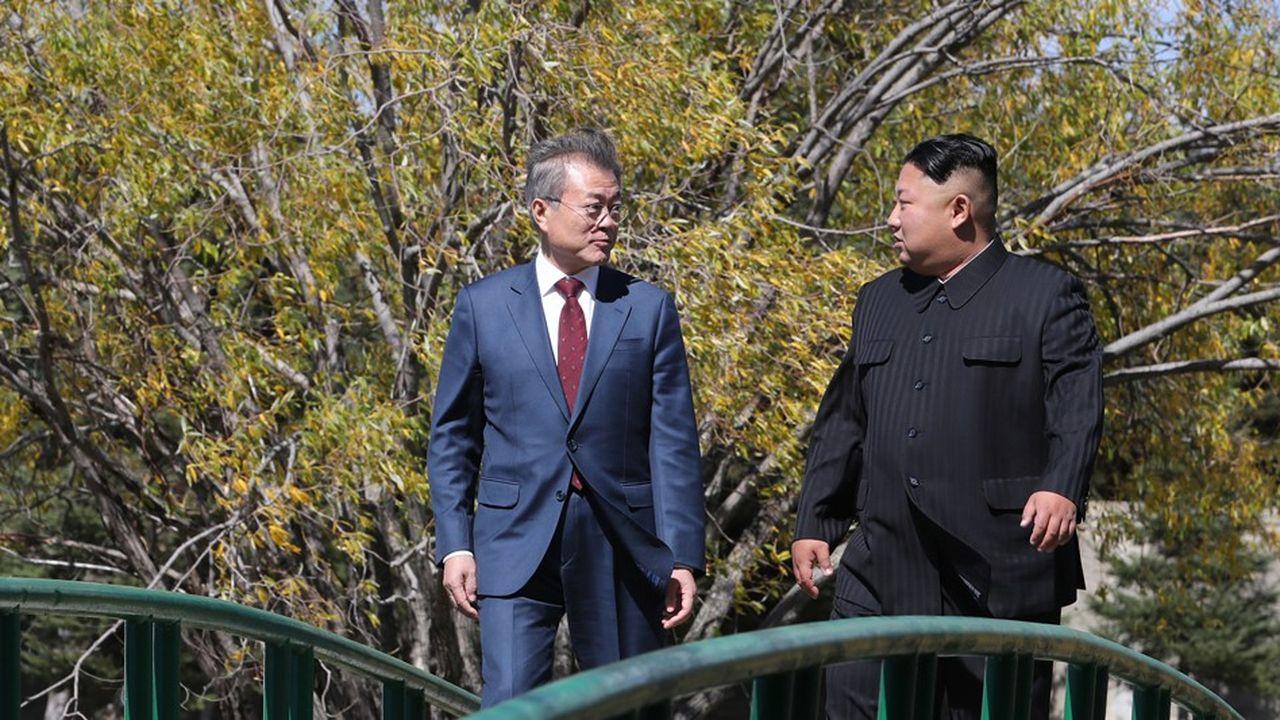 Moon Jae-in et Kim Jong-un en septembre2018 lors d'un sommet intercoréen