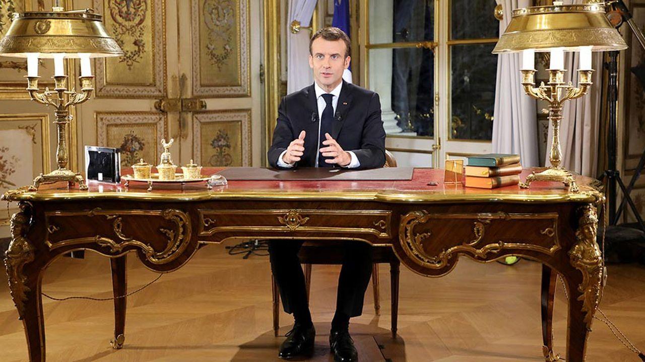 Emmanuel Macron a présenté un panel de mesures lors d'une allocution télévisée, ce lundi soir.