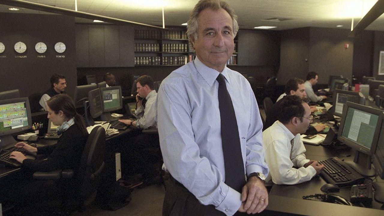 Bernard Madoff, président de Bernard L. Madoff Investment Securities, dans ses bureaux à New York, le 30décembre 1999.