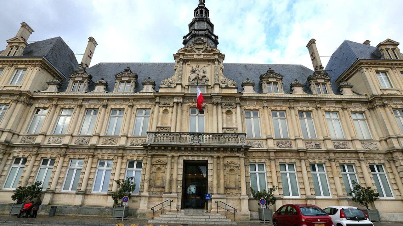 L'hôtel de ville de Reims.