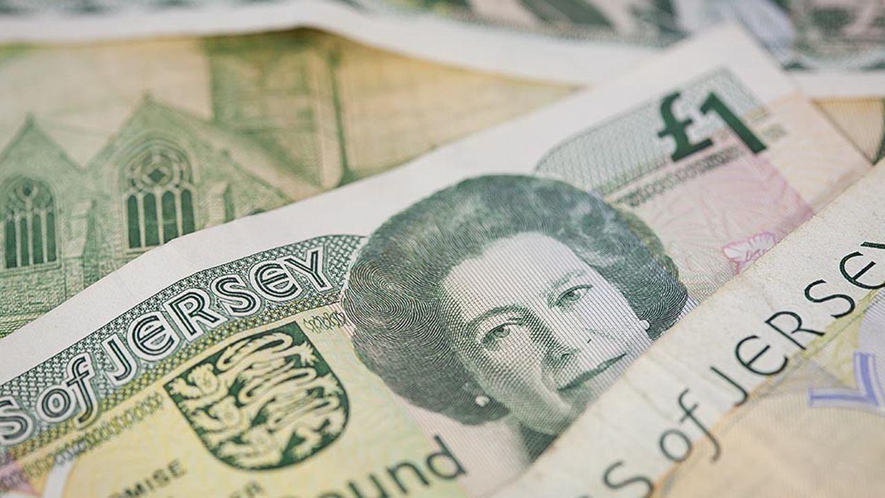 La Livre Sterling Au Plus Bas Depuis 18 Mois Les Echos