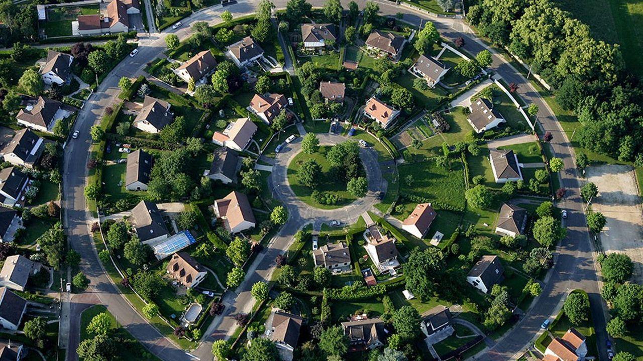 Construire sur certains terrains privés permettrait de produire 70.000 logements de plus en Ile de France.