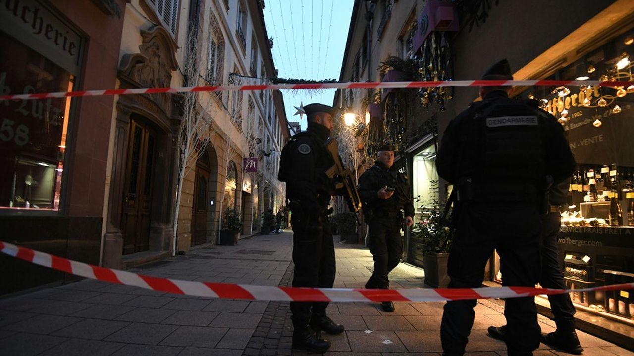 Quelque 670 membres des forces de l'ordre sont activement à la recherche de l'auteur de la fusillade