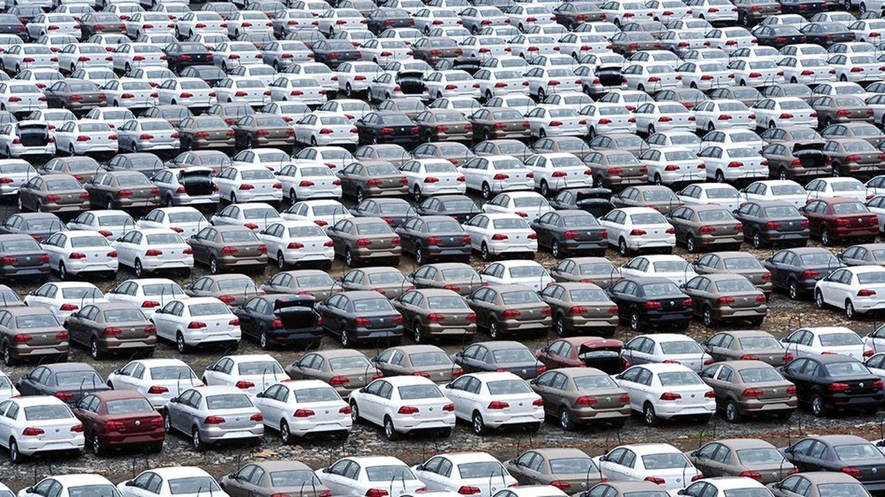 Le marché chinois s'est retourné durant l'été et le phénomène n'a fait qu'accélérer depuis: les ventes de voitures en Chine ont reculé en novembre de 13,9% sur un an.